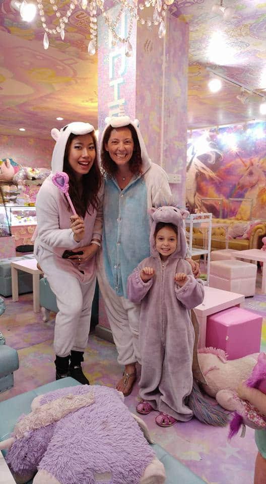 בנגקוק עם ילדים - בית קפה חדי קרן - Unicorn Cafe