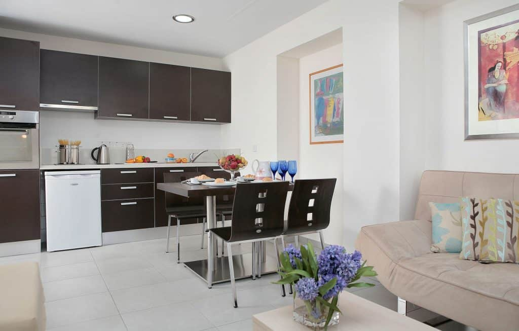 מלונות בפאפוס למשפחות עם ילדים - Anemi Hotel and Suites