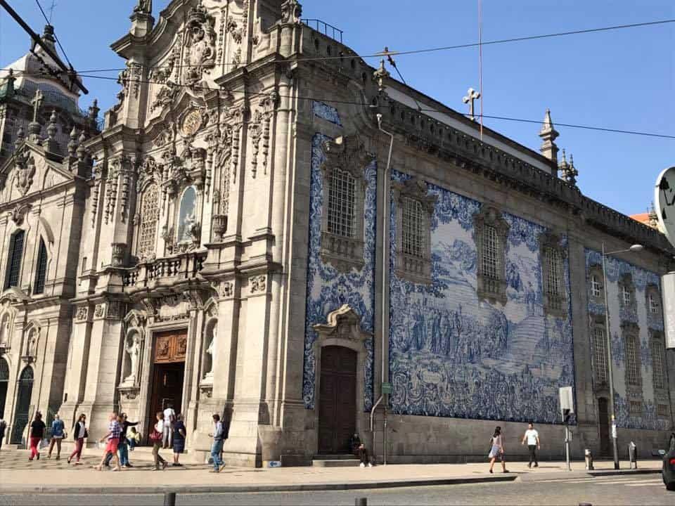 פורטוגל עם ילדים - כנסייה בפורטו