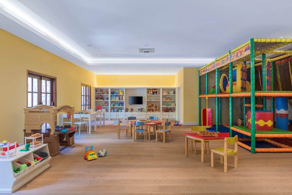 מלונות בקפריסין למשפחות עם ילדים - Elysium