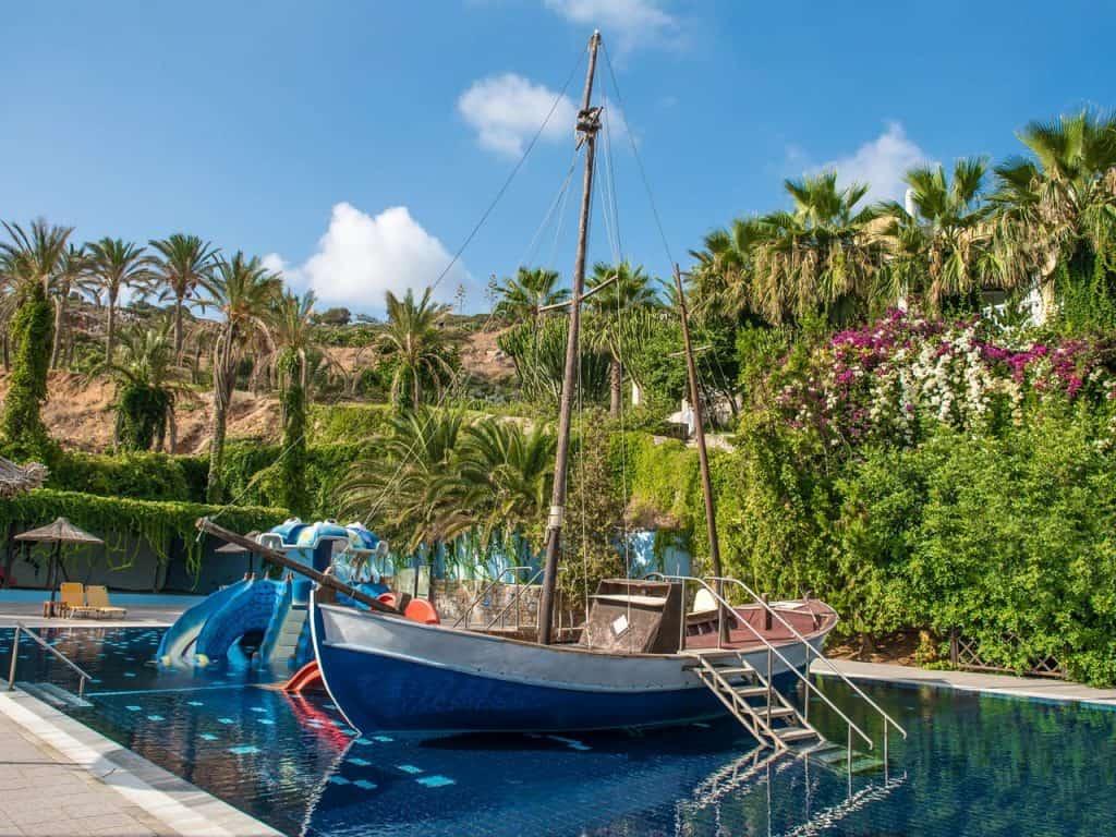 מלונות למשפחות ביוון - רדיסון בלו כרתים Radisson Blu Beach Resort