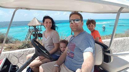 מקסיקו עם ילדים - איסלה מוחרס, הצד המערבי עם המים בצבע הכי מטורף בעולם!