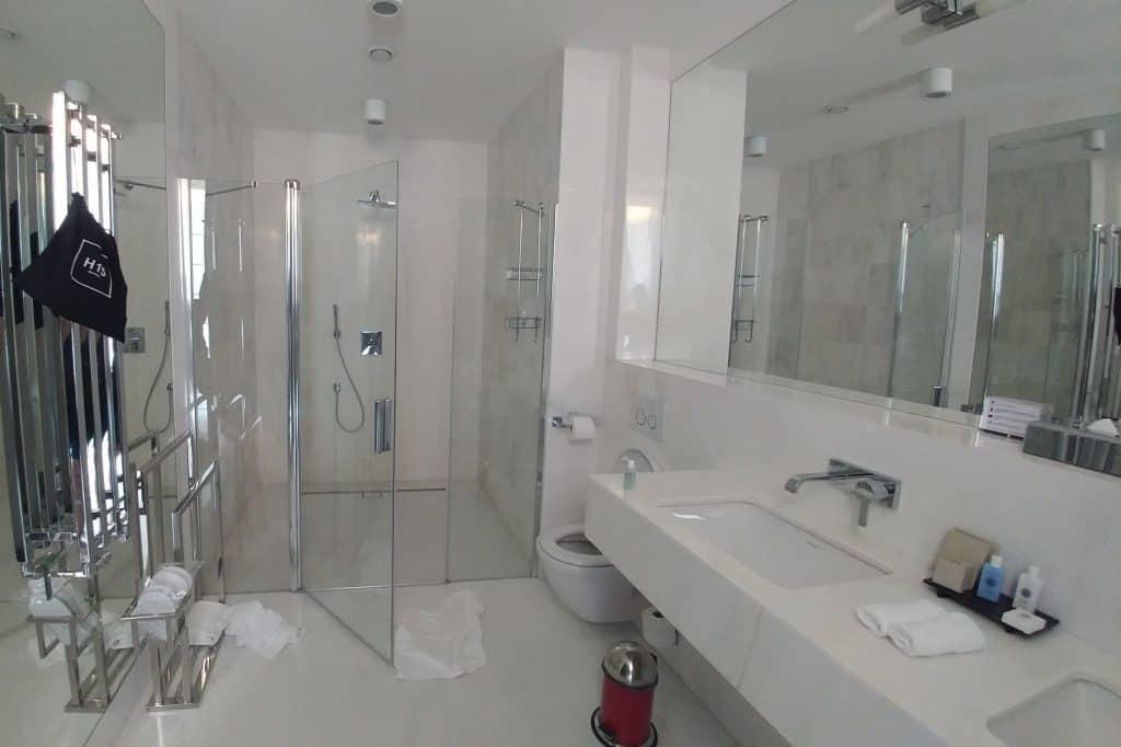 ורשה עם ילדים - H15 חדר האמבטיה