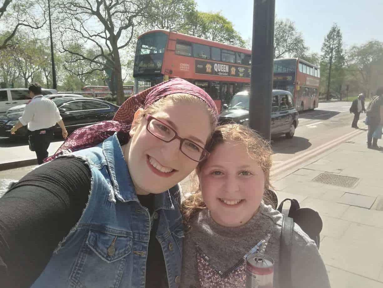 טיול בת מצווה לפריז ולאנגליה - קניות באוקספורד