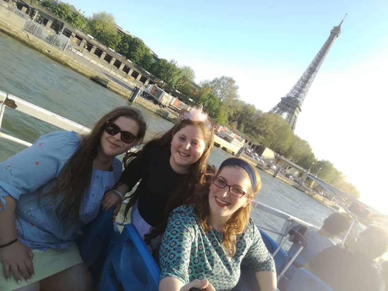 טיול בת מצווה לפריז ולאנגליה - שייט על הסיין