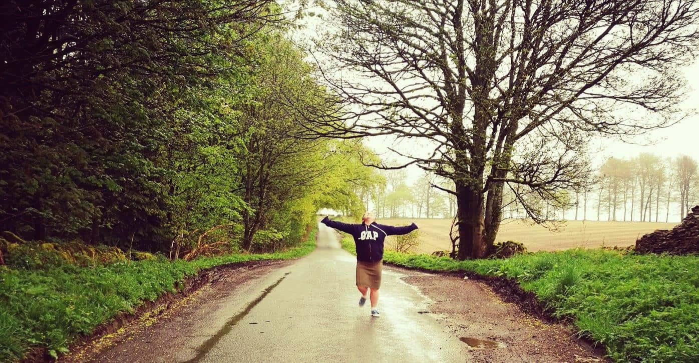 טיול בת מצווה לפריז ולאנגליה - Cotswolds נהנים בגשם