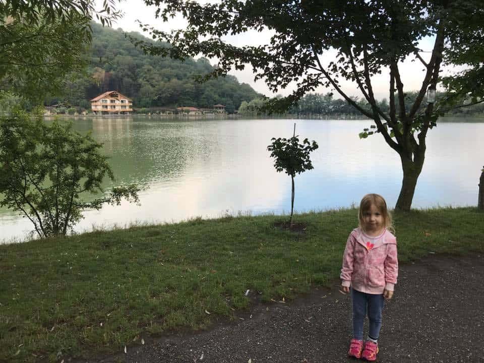 גיאורגיה עם מתבגרים - האגם