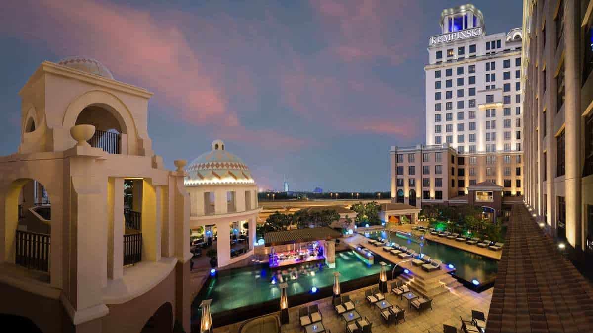 מלונות מומלצים בדובאי למשפחות - Kempinski Hotel Mall of the Emirates