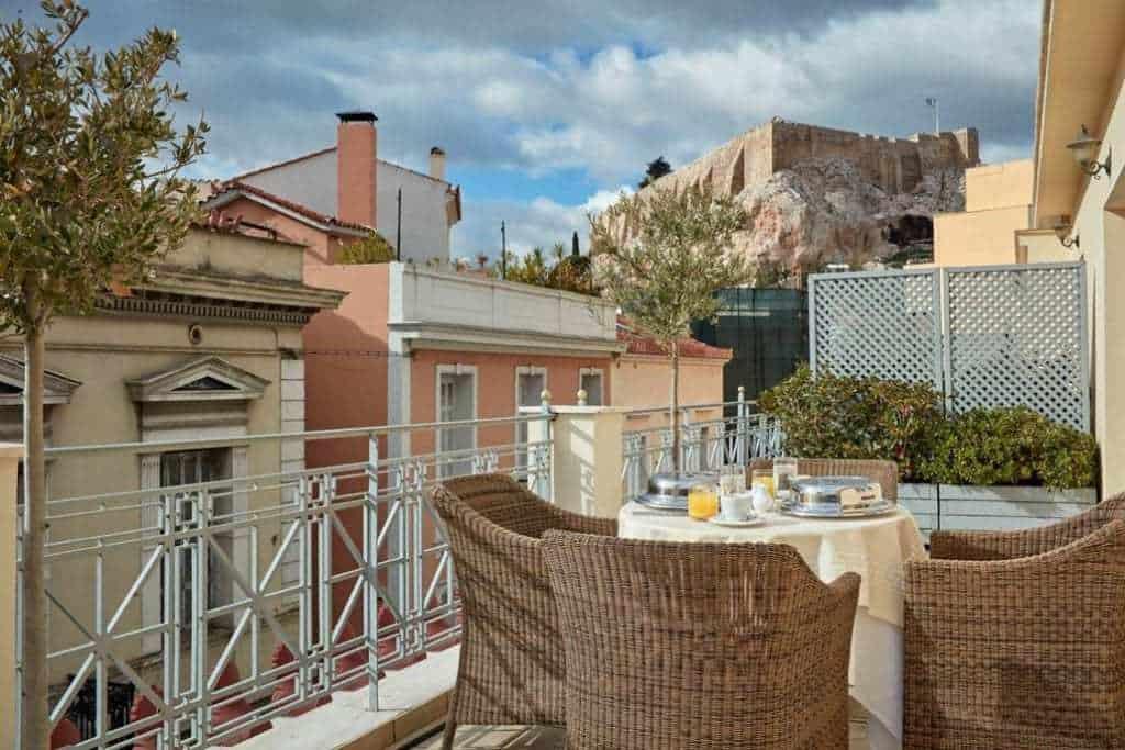 מלונות מומלצים באתונה למשפחות עם ילדים - Ava Hotel and Suites