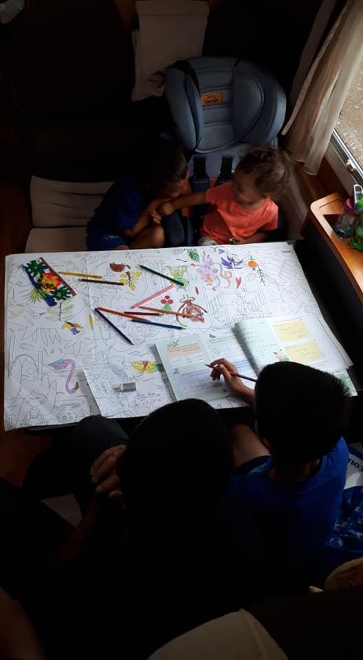 מקדוניה בקרוואן עם ילדים