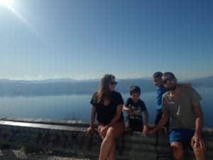 מאי ומשפחתה בטיול הקראוון