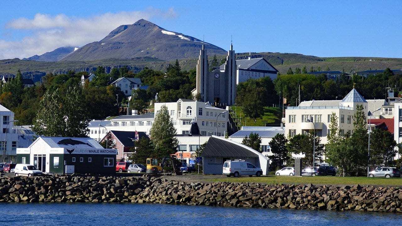 איסלנד למשפחות עם ילדים - Akureyri