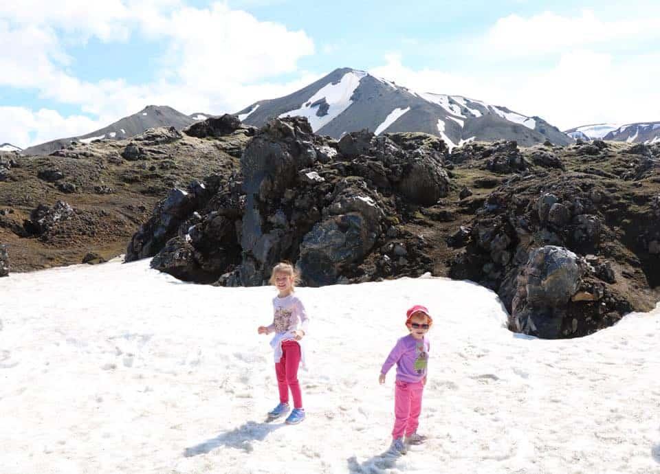 איסלנד למשפחות עם ילדים -שלג