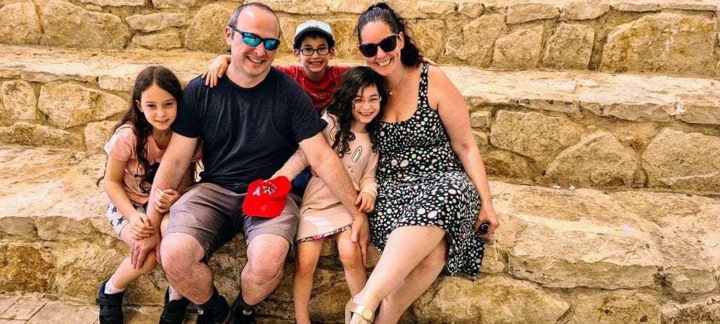 אטרקציות ברמת הגולן למשפחות עם ילדים - ראפינג בנהר הירדן