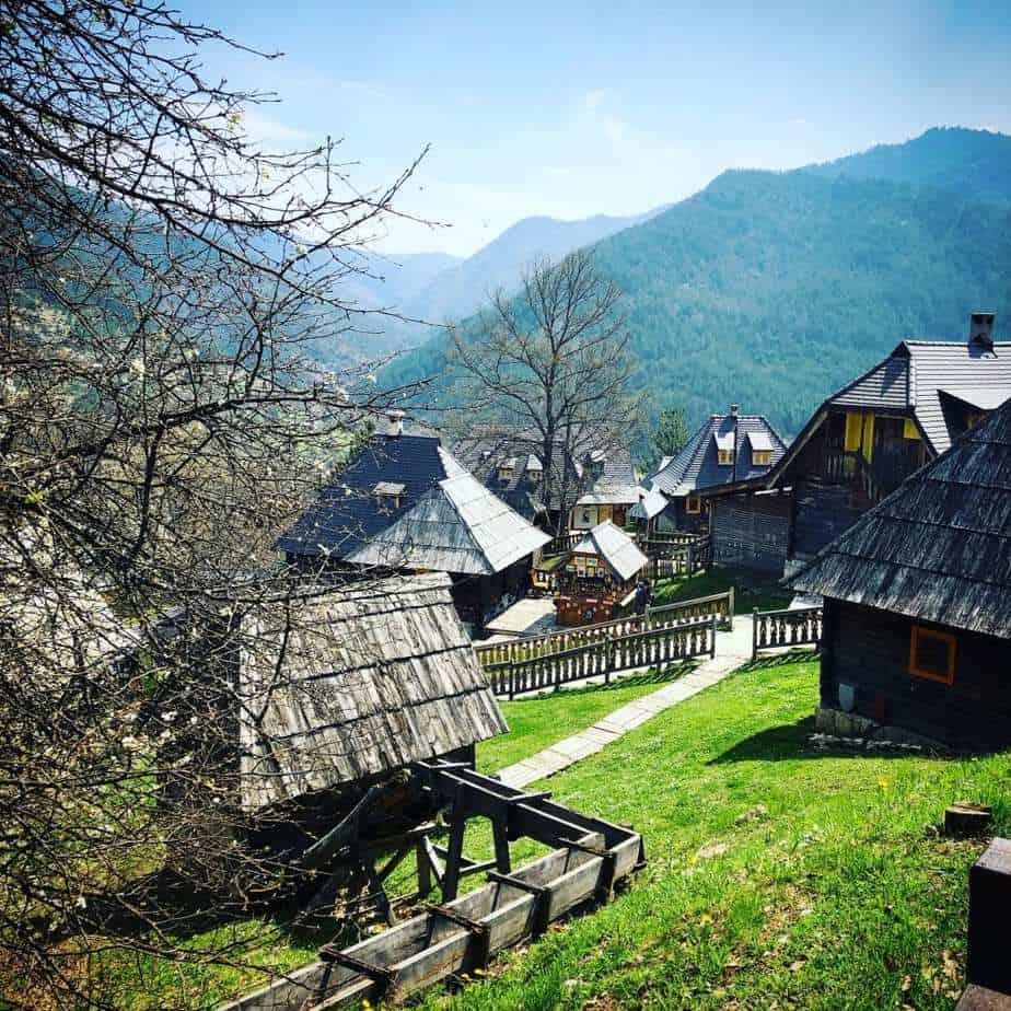 סרביה למשפחות עם ילדים - Mokra gora